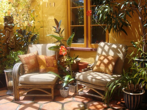 Furniture outlet stores usually have a wide variety of indoor furniture, but most people don't know that they also carry outdoor patio furniture during the summer months.