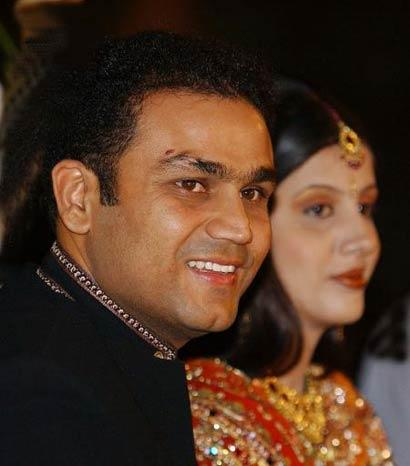 Veerendra shehwag with his wife