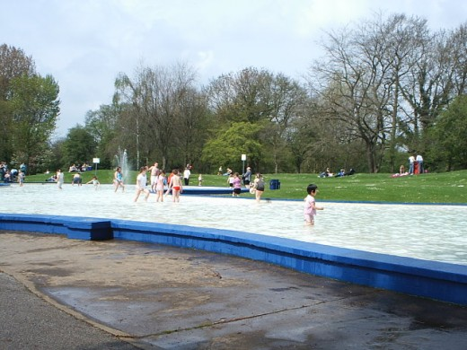 Huge paddling pool!