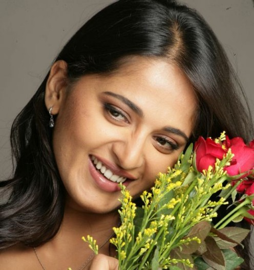 shetty hot pictures and videos andhramania forum anushka shetty hot