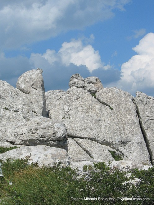 Magnifficent rocks of Beaver Cliffs: in the middle of photo you can see kissing couple sorrounded by mithycal creatures - on the way to cliffs of Kiza, Dabarski kukovi