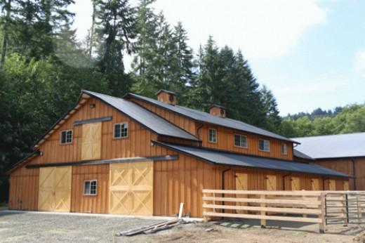 Pole Barns Designed For Horse Barns