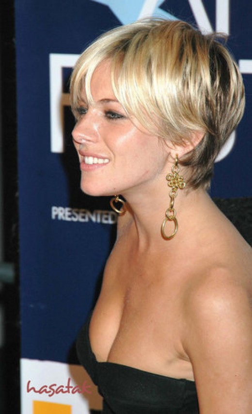 short haircuts for women with curly hair. Like short hair styles of any