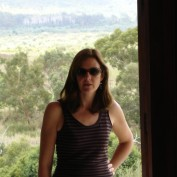 Catherine R profile image