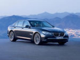2009 BMW 7-series photo courtesy of BMW