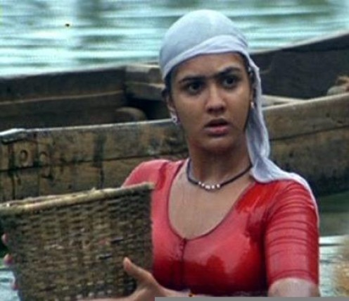 photo gallery of evergreen actress urvasi in tamil malayalm movies