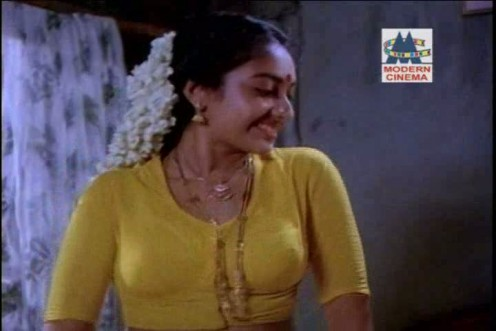 Tamil old Actress Removing saree blouse photo Image 3