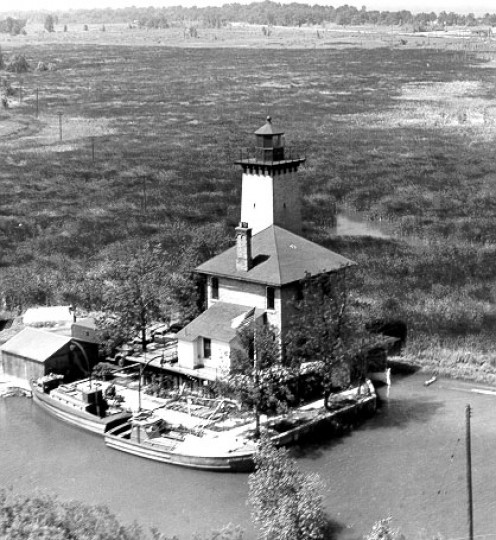 Bay City Lighthouse