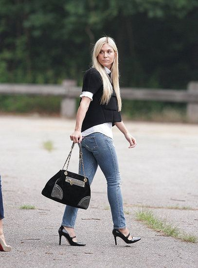 Tinsley Mortimer is sophisticated in tight jeans