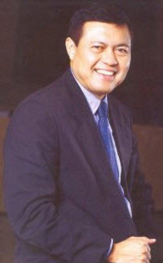 """Former Senate President Manuel """"Manny"""" Villar Jr."""