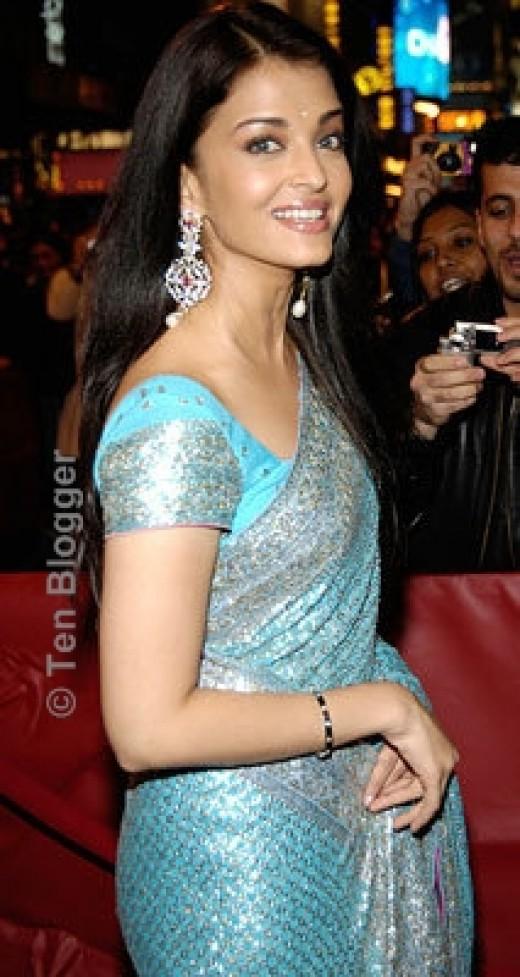 A WEDDING PLANNER: Shimmer Sarees and Bridal Sarees - Indian Saree Trend