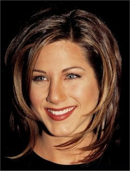 jennifer aniston hairstyles friends. Jennifer Aniston Short