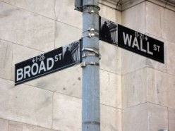 A clear Objective will lead employers to you like a street sign. (linder6580 on Sxc.hu).