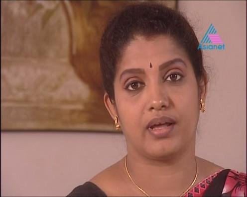 Sexy Malayalam TV Serial Aunty Maya Moushmi Image 10