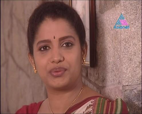 Sexy Malayalam TV Serial Aunty Maya Moushmi Image 11