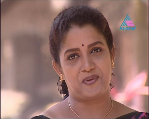 Sexy Malayalam TV Serial Aunty Maya Moushmi Image 12