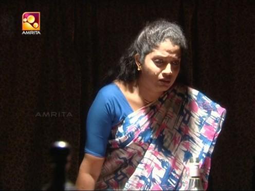 Sexy Malayalam TV Serial Aunty Maya Moushmi Image 13