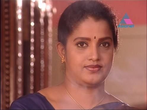 Sexy Malayalam TV Serial Aunty Maya Moushmi Image 0