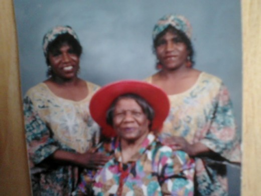My twin sisters ,Linda and Glinda along side my dear mom.