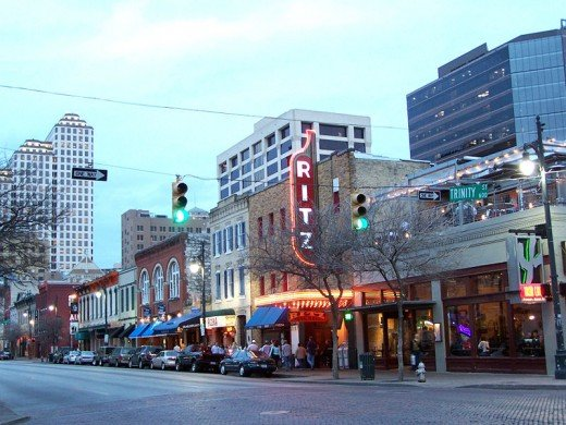 6th Street in Austin, Tx (Photo courtesy of Wikipedia Commons)