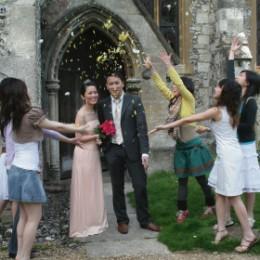 Wedding in old Church janetnjonathan.com