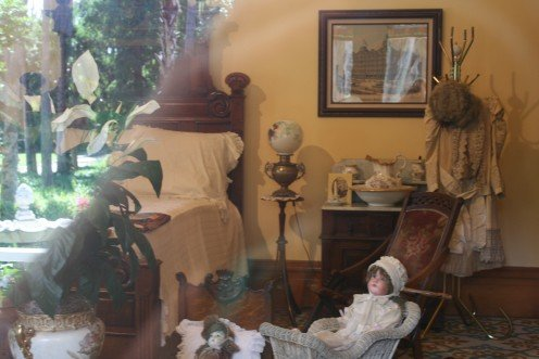 This old mansion is furnished with antiques and lovely tapestries and wallcoverings of the day.