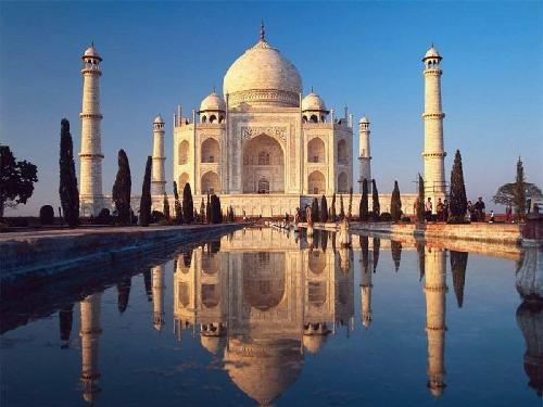 The Taj Mahal, one of the 7 wonders of the world, Agra, India