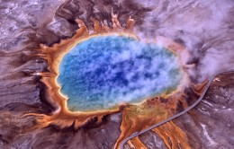 Multicolored bacteria at the Grand Prismatic Spring