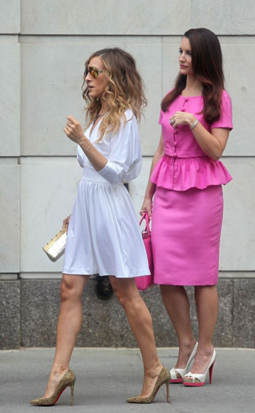 Sarah Jessica Parker in Christian Louboutin pumps and Kristin Davis in Christian Louboutin slingback platform sandals on the set of Sex and the City 2