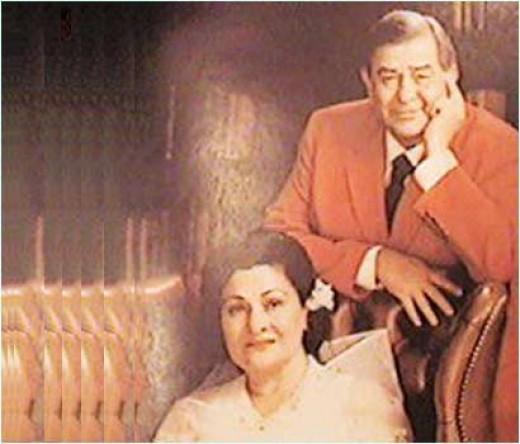 RAj Kapoor with his wife Krishna kapoor