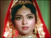 Vyjayanthimala-unforgettable beauty queen Indian silver screen has seen.She starred with RAj Kapoor, Dilip Kumar and Rajendra Kumar , etc.A famous Bharathanatyam dancer too.