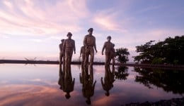 Monument commemorating Leyte landing of Gen. McArthur, photos from Paulo Nasol Photography