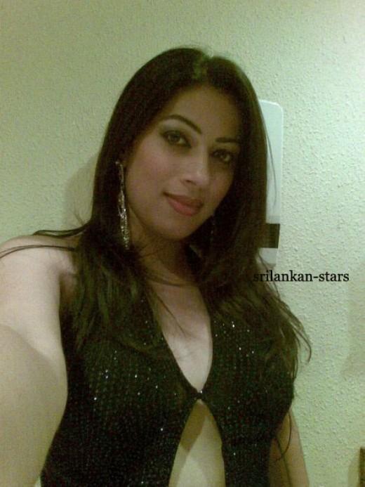 Srilankan Actress Upeksha Swarnamali