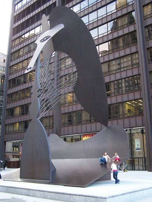 Daley Plaza, Chicago (photos this page public domain)