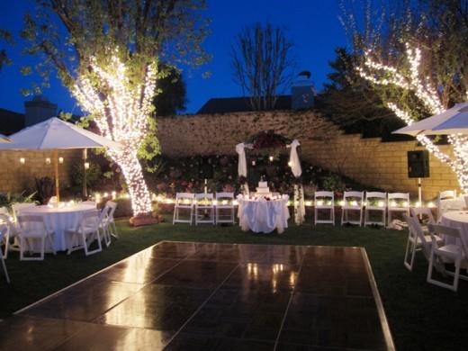 Backyard Wedding Ceremonies and Receptions