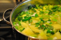 Chunky Leek and Potato Soup Recipe. A Delicious but Easy Homemade Soup