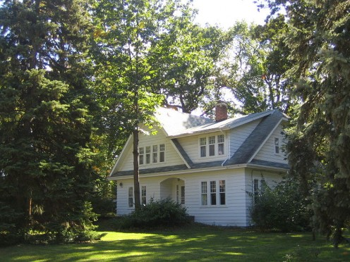 Historic Preservations: This is the f ormer residence of Arnold Folker, 1st village president of Garden City.