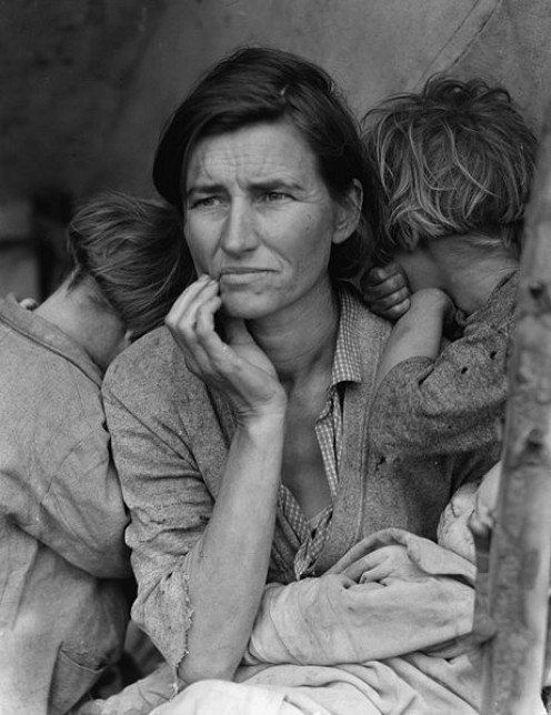 The famous March 1936 photo by Dorothea Lange commonly called Migrant Mother (photos this page public domain)