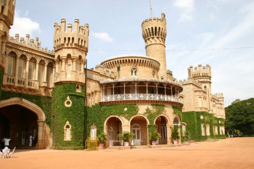 closer view of Bangalore palace