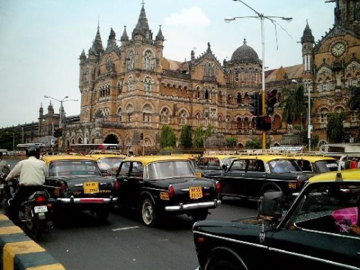 Traffic infront of Chatrapathi Shivaji railway terminus