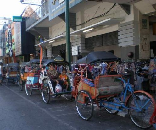 Malang pedicabs, look slimmer and lighter to pedal.