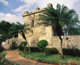 The Coral Castle in Florida (DK/Alamy)