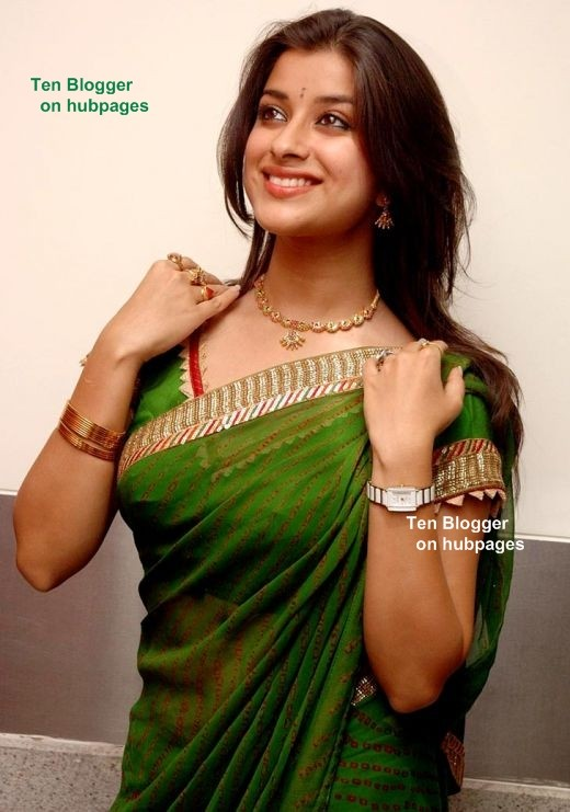 Madhurima (south actress) in rich green saree