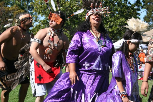 Every Year Berkeley Hosts A Pow-Wow And Indian Market To Celebrate Native Culture