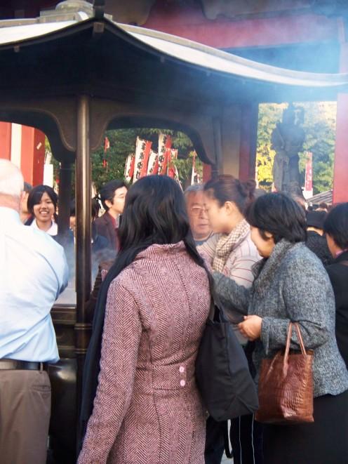 Tokyo worshippers. Japan