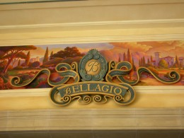 High-class hotels like the Bellagio have great restaurants and buffets.  Just be prepared for high prices and long lines.