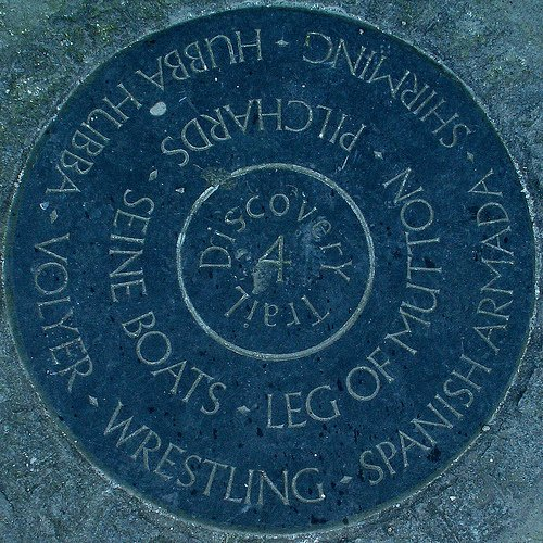 Discover Newquay: Huer's Hut Plaque - Newquay Discovery Trail map disc 4. Huer's Hut, Newquay