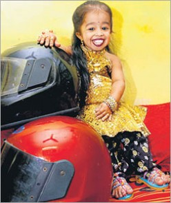 Jyoti Amge, smallest teenage girl in the World