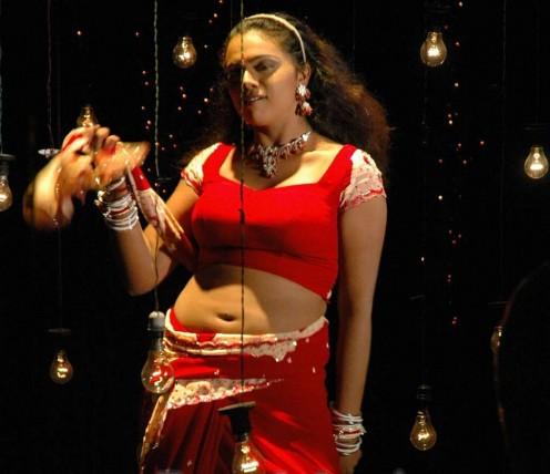 Actress Abhinaya Sri Navel Show Photos