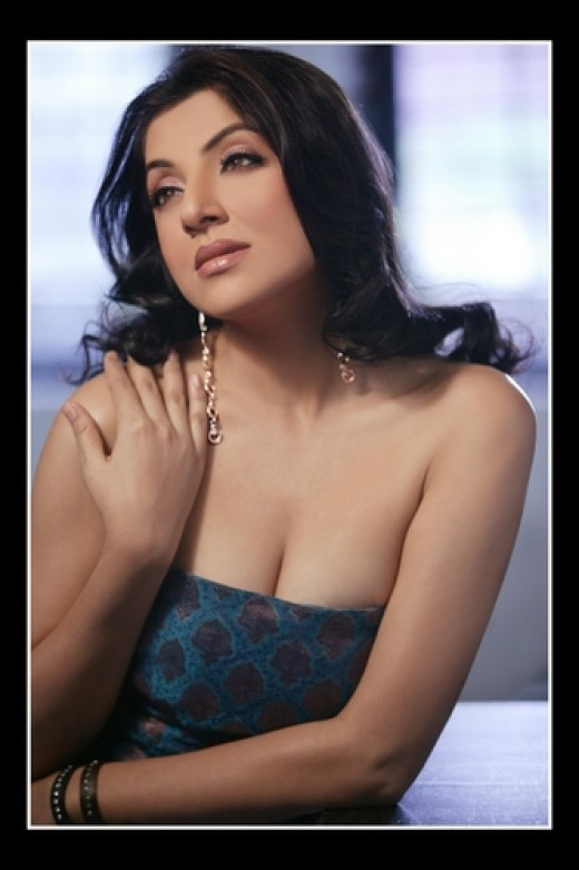 Hot photos of bengali actress priyanka sarkar and locket chatterjee